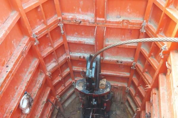 zamena-kanalizacii-s-pomoshchyu-trosovogo-razrushitelyaC4734C09-59DD-A437-ACC0-D8055DDBC71B.jpg